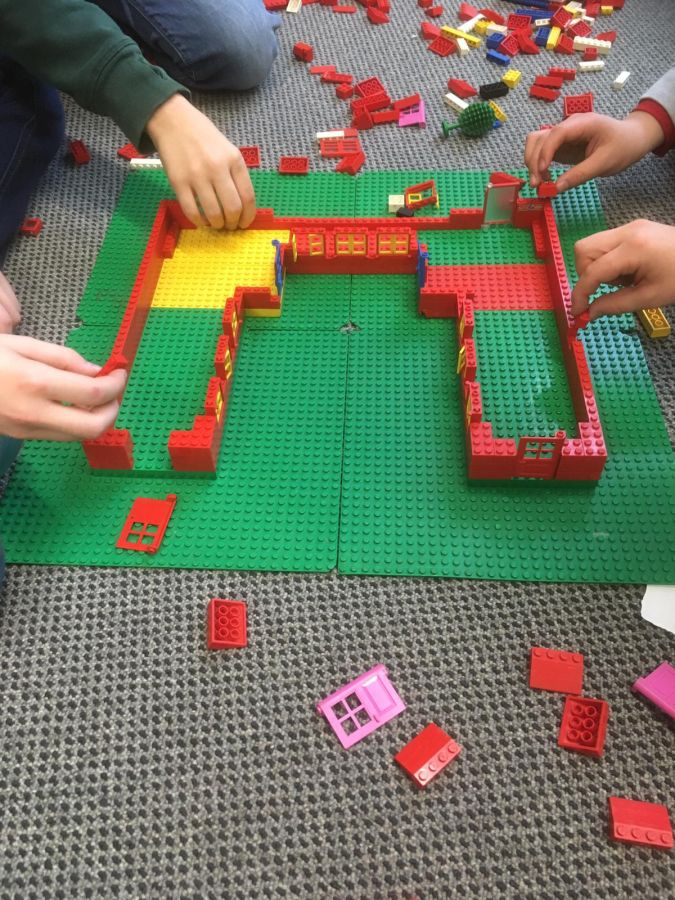 Robinsonschule aus Lego 1