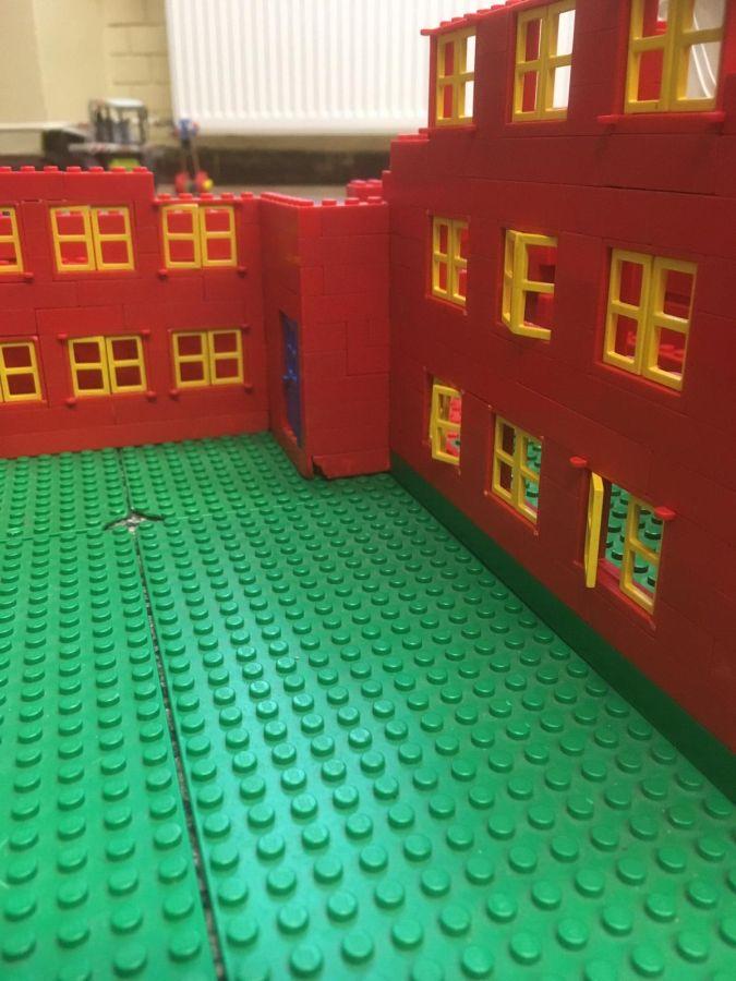 Robinsonschule aus Lego 4